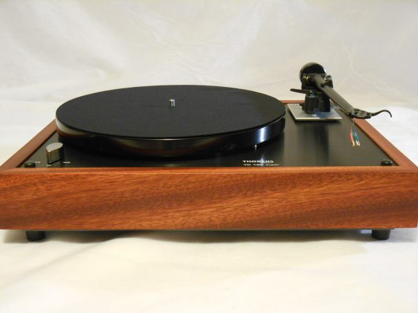Thorens TD-160 Super Reproduction, Midnight Edition (ME), Upgraded Rega (Moth) RB-202 arm, bloodwood 01