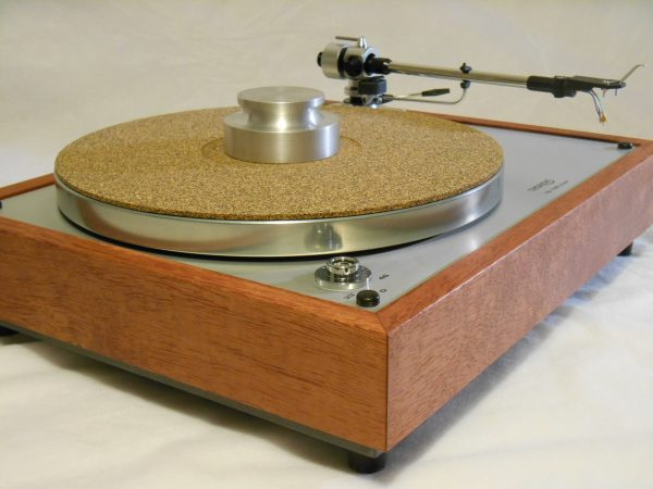Thorens TD-160 Super Reproduction, new SME M2-9 arm, custom Bubinga plinth, Origin Live Ultra Motor 01