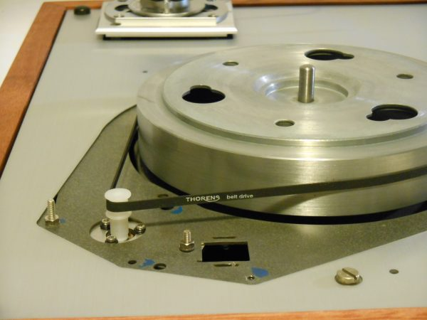 When the Origin Live Ultra motor was installed, the old Thorens speed control linkage was completely removed.