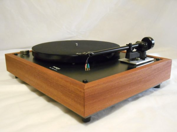Thorens TD-160 Super Reproduction, Midnight Edition (ME), Upgraded Rega (Moth) RB-202 arm, solid Santos Mahogany 02