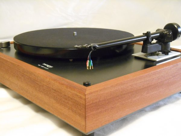 Thorens TD-160 Super Reproduction, Midnight Edition (ME), Upgraded Rega (Moth) RB-202 arm, solid Santos Mahogany