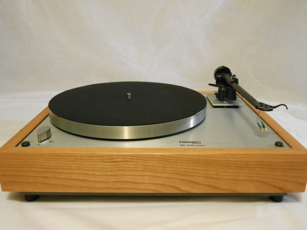 Thorens TD-160 Super Reproduction, Upgraded Rega (Moth) RB-202 arm, Cherry Plinth 01