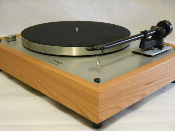 Thorens TD-160 Super Reproduction, Upgraded Rega (Moth) RB-202 arm, Cherry Plinth 03