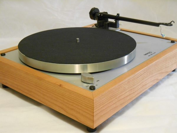 Thorens TD-160 Super Reproduction, Upgraded Rega (Moth) RB-202 arm, Cherry Plinth 04