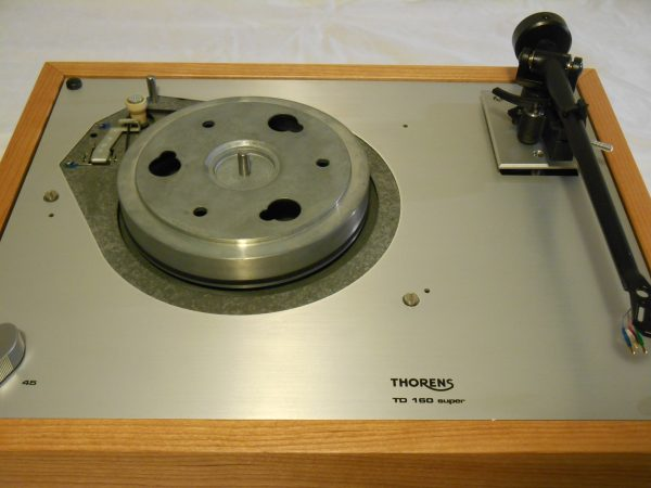 Thorens TD-160 Super Reproduction, Upgraded Rega (Moth) RB-202 arm, Cherry Plinth 07