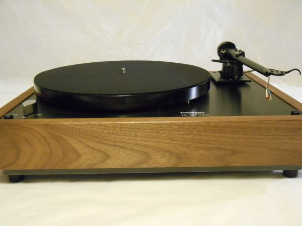 Thorens TD-160 Super Reproduction, Midnight Edition (ME), Upgraded Rega (Moth) RB-202 arm, solid Black Walnut plinth 04