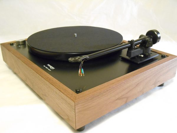 Thorens TD-160 Super Reproduction, Midnight Edition (ME), Upgraded Rega (Moth) RB-202 arm, solid Black Walnut plinth 01