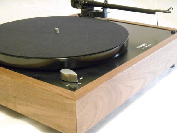 Thorens TD-160 Super Reproduction, Midnight Edition (ME), Upgraded Rega (Moth) RB-202 arm, solid Black Walnut plinth 02