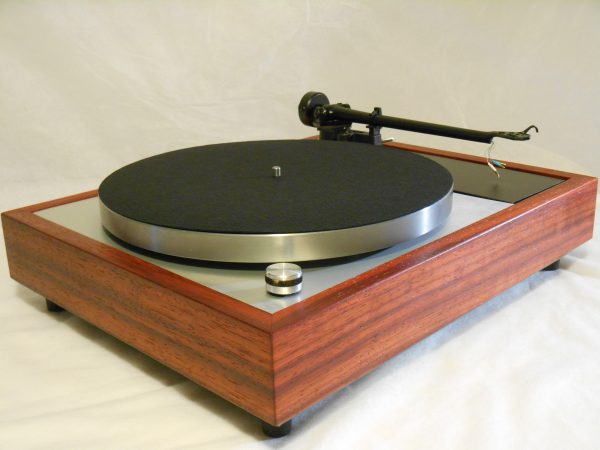 Vinyl Nirvana's VN-150! A Transformed Thorens TD-150 in custom Padauk plinth, Upgraded Rega (Moth) RB-202 Tonearm, Music Hall Cruise Control, Dynavector 10X5 Cartridge 02